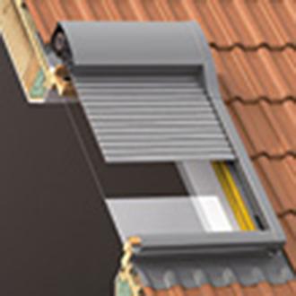 rollladen mit licht und luftschlitzen mit einbruchschutz. Black Bedroom Furniture Sets. Home Design Ideas
